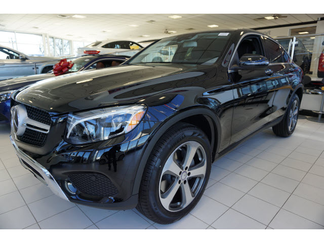 New 2017 mercedes benz glc glc 300 4matic awd glc300 for Ray catena motor car corp